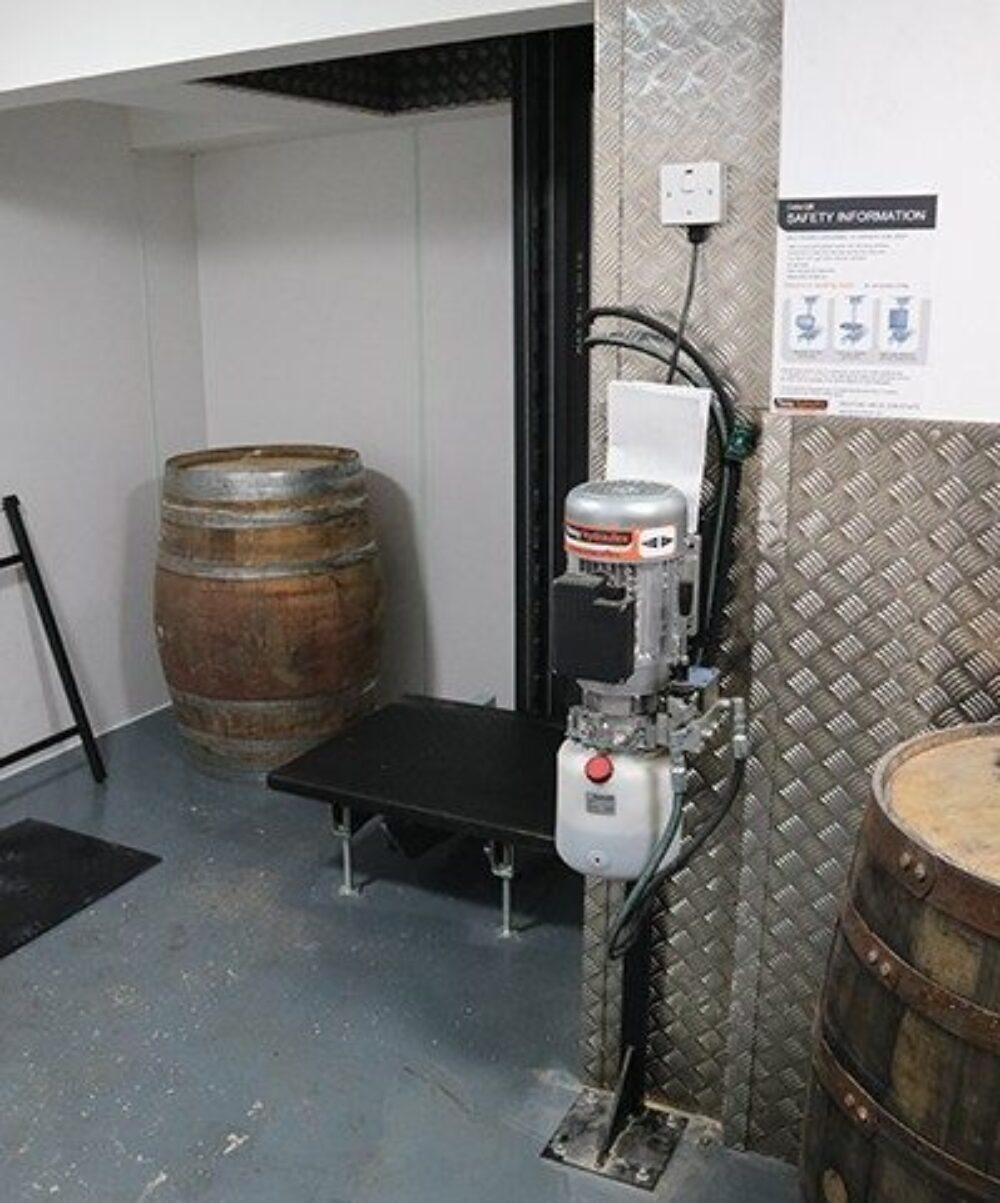 Goose Island BrewPub – Cellar Lift – Lift