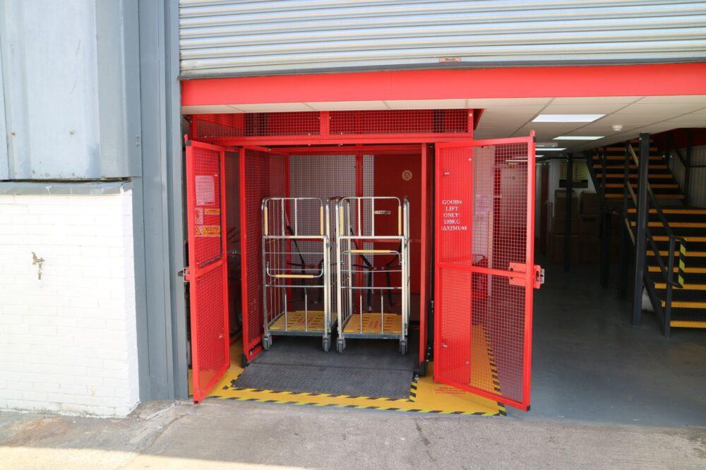 Self Storage Co – Mezzlift