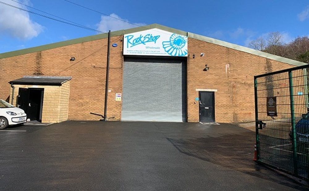 Warehouse Systems – Mezzlift – The Brief Warehouse