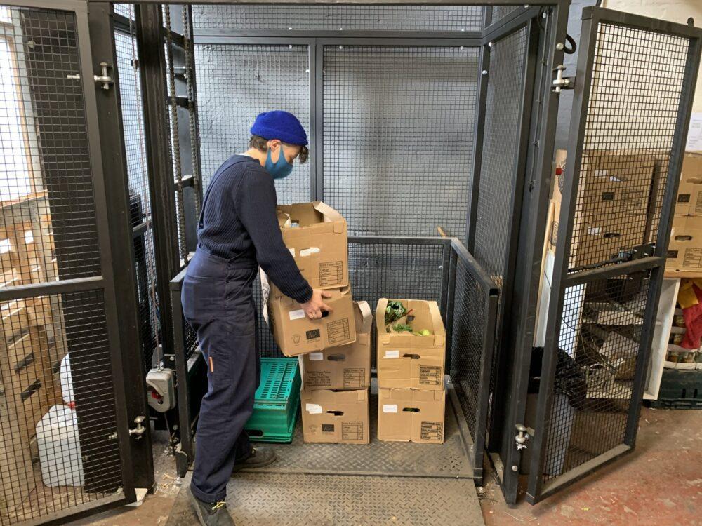 Regather Food Goods Lift